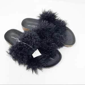 Universal Thread Black Ember Two Band Fur Slide